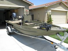 2003 Lowe Roughneck 1652VT Jon Boat w/ Yamaha 4 stroke (60hp prop and 40hp jet units)