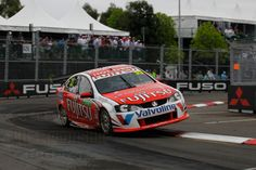V8 supercar racing