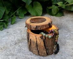 Items similar to Wooden ring box - Engagement ring box - Rustic wedding - Jewelry storage - Gift for her - One of a kind - Acacia - Eco-friendly on Etsy Wood Box Decor, Rustic Wood Box, Diy Wood Wall, Wood Boxes, Wooden Ring Box, Wooden Rings, Grey Wood Furniture, Home Wall Colour, Wood Carving For Beginners