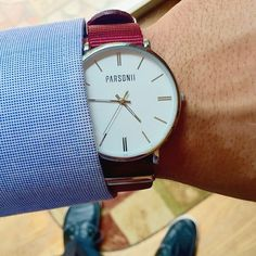 A style workhorse, the Silver Parsonii timepiece is guaranteed to match perfectly with every side of your personality!