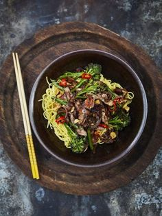 """Juicy steak, crunchy greens and sticky soy sauce – this beef and broccoli stir-fry recipe is a joy "" Tasty Broccoli Recipe, Broccoli Recipes, Veg Recipes, Asian Recipes, Cooking Recipes, Healthy Recipes, Yummy Recipes, Beef Broccoli Stir Fry, Beef Stir Fry"