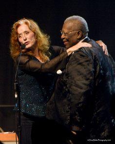 Blues Artists, Music Artists, Jazz Artists, Music Pics, Music Photo, Mississippi, Bonnie Raitt, Classic Blues, Las Vegas