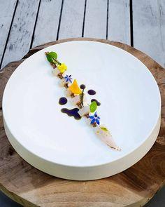 Ceviche van zeebaars - hangop met limoen - gepofte amaranth! @restaurant_hanninkshof ---------------------------------------------------- #hanninkshof #chefstalk #culinaireinspiratie #chefstime #culinaryarts #culinary #enschede #restaurantervaring #truecooks #tasty #theartofplating #thestaffcanteen #instafood #instadaily #artofplating #dutchcuisine #foodlovers #foodpic #food #foodporn #foodphotography #loversoffood #lovefood #lekker