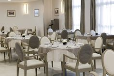 Résidence La Garenne Colombes - Restaurant  - Chic Residence Senior, Decoration, Conference Room, Dining Table, Restaurant, Chic, Furniture, Home Decor, Zen Decorating