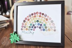 Free Rainbow Button Printable || Perfect for St. Patrick's day