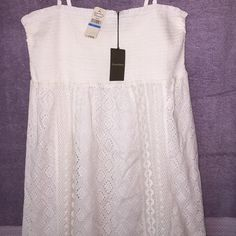 Tommy Bahama maxi dress Beautiful strap or strapless maxi dress all done in islet top is all elastic to fit your busy. Brand new with tags. Tommy Bahama Dresses Maxi