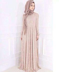 Hijab Fashion 2016/2017:  hijab  Hijab Fashion 2016/2017: Sélection de looks tendances spécial voilées Look Descreption  hijab