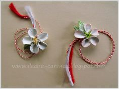 MIXED - Blooming Apple Flowers from Crepe Paper and Polymer Clay. Spring Romanian Amulets from Celebration of March. Apple Flowers, Spring Flowers, White Flowers, Blooming Apples, Quilling 3d, Crepe Paper, Polymer Clay, Vintage Jewelry, Amulets