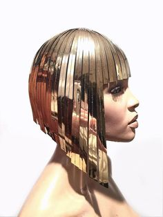 THE ORIGINAL Divamp WIG Cleopatra metallic wig hairdress egyptian goddess bob wig hairpiece bobcut headpiece metal futuristic - Egyptian Cleopatra headdress in chrome or gold Insults cut perfectly over every head in bop Made - Cleopatra Headdress, Egyptian Headpiece, Egyptian Goddess Costume, Gold Headpiece, Blue Ivy Carter, Beyonce Bob, Silver Wigs, Hairstyles, Maquiagem