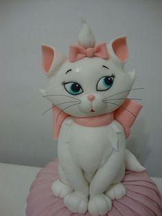 Cat cake....oh ..I love this......