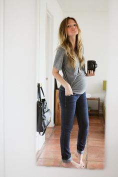 26 weeks pregnant maternity style by, www.lovemebright.com #bumpstyle