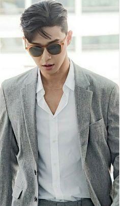 "ً on Twitter: ""gonna name my car seo joon, so i can park seo joon… "" Hot Korean Guys, Korean Men, Asian Actors, Korean Actors, Park Seo Joon Instagram, Korean Celebrities, Celebs, Joon Park, Asian Men Hairstyle"