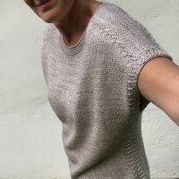 Ravelry: Beyond the Dunes pattern by Hinterm Stein Knit Vest Pattern, Sweater Knitting Patterns, Knitting Designs, Knit Patterns, Crochet Shirt, Knit Shirt, Knit Crochet, Knitting Stiches, Free Knitting