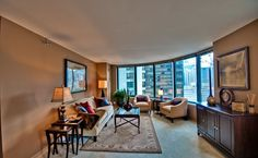 420 E. Ohio apartment rental building in Streeterville, Chicago. Studio - 3 bed, parking. wenbergchoirealty.com