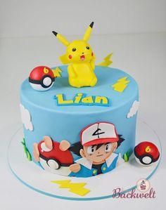 Pokemon Torte mit Pikachu - Pokemon cake with Pikachu cake topper