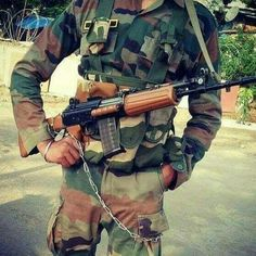 Indian Army Wallpapers, Army Pics, Army Quotes, Army Girlfriend, Pakistan Army, Background Hd Wallpaper, Cute Love Couple, Army Love, Army Soldier