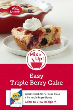 This simple berry cake calls for ingredients you probably have on hand, so there's no excuse not to indulge! Bonus: It's quick to throw together for a weeknight dinner but special enough to serve for any occasion. Easy No Bake Desserts, Just Desserts, Desserts Diy, Baking Recipes, Cake Recipes, Dessert Recipes, Salad Recipes, Yummy Treats, Yummy Food