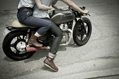 two seater (cafe racer)
