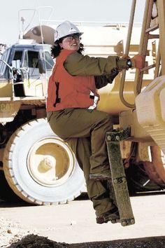 La mujer en la minería http://www.revistatecnicosmineros.com/noticias/la-mujer-en-la-mineria