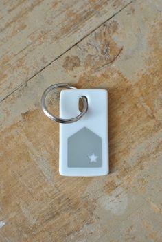 Image of porte-clés en porcelaine