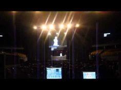 El texto en Español fue proyectado en tiempo real para todos los asistentes a la conferencia.  Servicio exclusivo realizado por www.estenotipista.cl