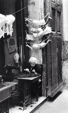 David Chim Seymour / Naples, Italy 1957