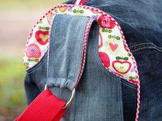 selbstgenähte Jeanstasche