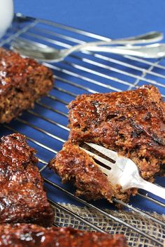 {Vegan, refined sugar free, whole foods} Sticky Date Slice
