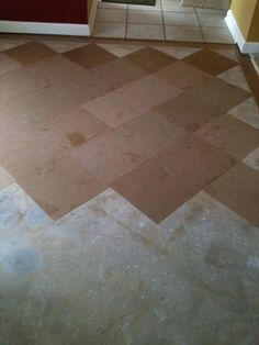 Brown Bag Floor...wow...this is amazing, Never thot of cutting the paper in squares instead of tearing it. She is going to try doing a wood look next. Wondering how this would look in my dining room!!