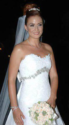 Turkish Actress, Ceyda Düvenci #Wedding #Dress