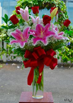 3784e2f17c9a00 Mother s Day Special 2016 Roses   Lilies Kui   I Florist