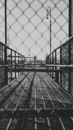 Jungle Gym ★ Find more Black & White Android + iPhone Wallpapers @prettywallpaper