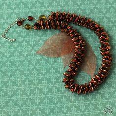 by Veronika Heverochová Beaded Jewelry, Beaded Bracelets, Drake, Beads, Lentils, Gold, Etsy, Beading, Pearl Jewelry