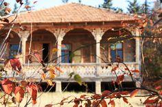 ქართული აივნებიანი სახლი - Google ძებნა