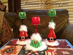 Grinch Christmas candle cup holders. Grinch Christmas, Christmas Candle, Diy Christmas Gifts, Christmas Ornaments, Christmas Ideas, Wine Glass Crafts, Wine Bottle Crafts, Wine Glass Candle Holder, Candle Holders