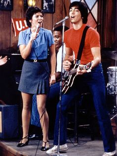 Scott Baio | Joanie Loves Chachi (ABC, 1982-1982) In an effort to find a follow-up to the aging Happy Days — while also capitalizing on the teen-steam appeal…