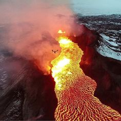 Hope your weekend was amazing! This photo of an Icelandic Lava Flow was shot with an #inspire1 drone with its sister drone in the forefront. Photo: @skynamicdrone @echeng #DronesEtc #Lava #aerialphotography @polarpro @opticalhi