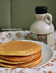Fluffy Whole Wheat Pumpkin Pancakes