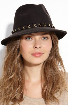 Fashionable hats for women