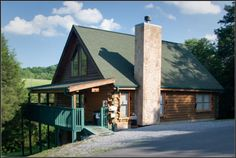 Pigeon Forge Heavenly Getaway - Bear Camp Cabin Rentals | Sevierville Gatlinburg Pigeon Forge Cabin Rentals