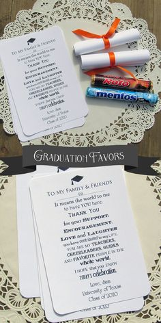 These adorable Graduation Diploma Favors are sure to be a hit! Graduation Party favors, roll these up around a pack of Rolos or Mentos, tie a ribbon around them and they look just like a diploma. Grad Party Favors, Graduation Party Centerpieces, Graduation Party Planning, Graduation Party Themes, Graduation Decorations, Graduation Ideas, Teacher Graduation Party, Graduation Look, 8th Grade Graduation