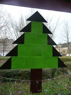 Map juf Ineke: raamdecoratie Little Christmas, Christmas Tree, Winter Activities, Xmas Crafts, December, Arts And Crafts, Seasons, Halloween, Advent