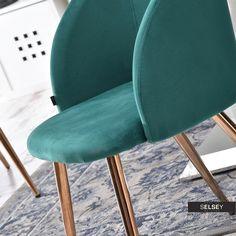 Krzesło Gary zielone na miedzianych nogach tapicerowane z podłokietnikami