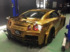 Kuhl Racing Engraved Nissan GT-R Revealed