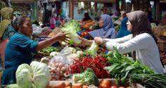 Pertanian, infrastruktur, dan energi perlu jadi perhatian utama | PT Rifan Financindo Berjangka Cabang Medan Badan Pusat Statistik (BPS) mencatat tekanan inflasi sepanjang Januari 2017, mencapai 0,97 persen dan inflasi year on year (yoy) sebesar 3,49 persen. Angka inflasi Januari tersebut...