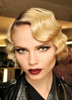 Wedding Hairstyle Ideas for Short Hair - Yahoo! Shine. We love the soft finger waves. Such a romantic look!