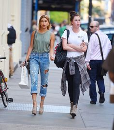 <strong>Hailey Baldwin:</strong> It looks like Baldwin can do off-duty style just as well as red carpet style. Her ripped boyfriend jeans look so comfortable (and perfect for running errands) and her heels help to dress up the outfit so she still looks put together. We want to wear this every day.