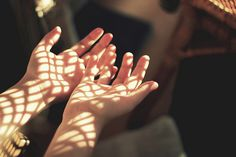 Since the young age, I loved chasing and catching sunlight with my hands. It felt like a warm touch from the sun, straight to my heart. Alluka Zoldyck, Jandy Nelson, Will Solace, Fotografia Macro, Hopes And Dreams, Light And Shadow, Sunlight, We Heart It, In This Moment
