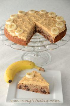 Dve moje naj kombinácie spojené v jednom koláčiku. Chutil fantasticky, to ani nemusím pripomínať. Keďže som mala doma ešte navyše špaldovú múku, tak som ho urobila z nej. Ale kľudne použite aj hlad...
