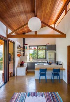 Home sala casa de campo ideas Style At Home, Sweet Home, Barn Plans, Small House Design, My Dream Home, Home Fashion, Home Kitchens, Small Spaces, House Plans